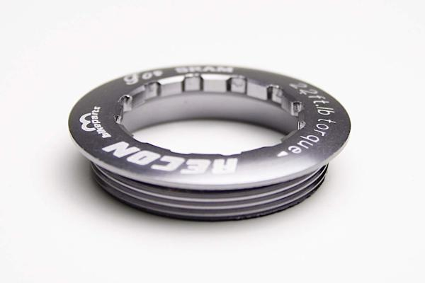 Recon Cassette Lock Ring 35mm for Sram silver.